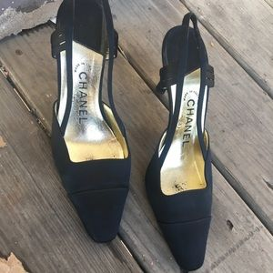 CHANEL satin sling back pump Sz 37